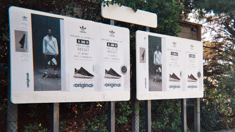AFFICHAGE LIBRE Adidas